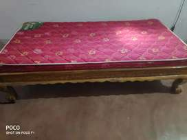 Diwan bed 2 years old