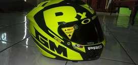 Helm GM race pro