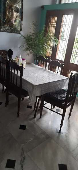 Wooden dining set for 6