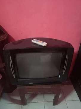 Tv tabung dan remot