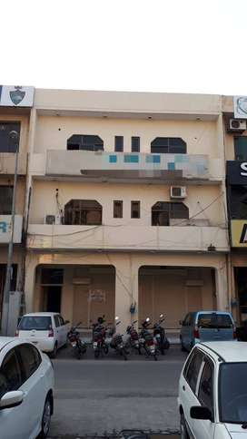 7 MARLA HUGE AND BRAND NEW FULL SHOP - PHASE 1 - SECTOR G - DHA
