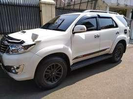 Cepat Toyota FORTUNER 2014 VNT Putih SANGAT ISTIMEWA Kilometer 7Ribu