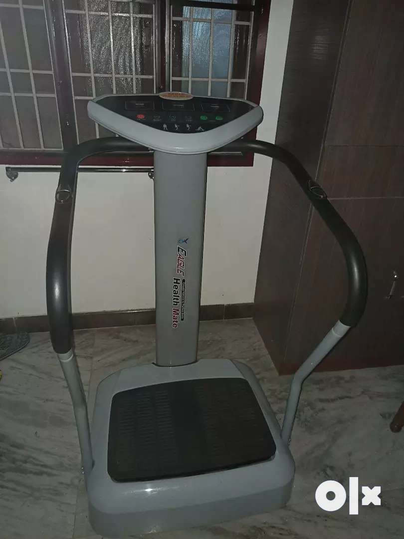 Urgent sale... Gym vibration machine for weight loss 0