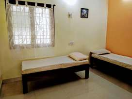 Twin Sharing in Fully Furnished 3BHK