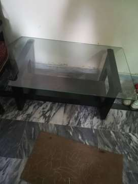 Center table for sale in 10/10 condition