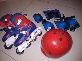 Decathlon skates 32-34(20-21.5) and decathlon helmet with safety gear