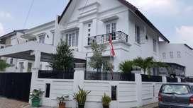 Dijual Cepat Rumah Mewah sekali Full Furnish 2 lantai di Cipinang Jaka