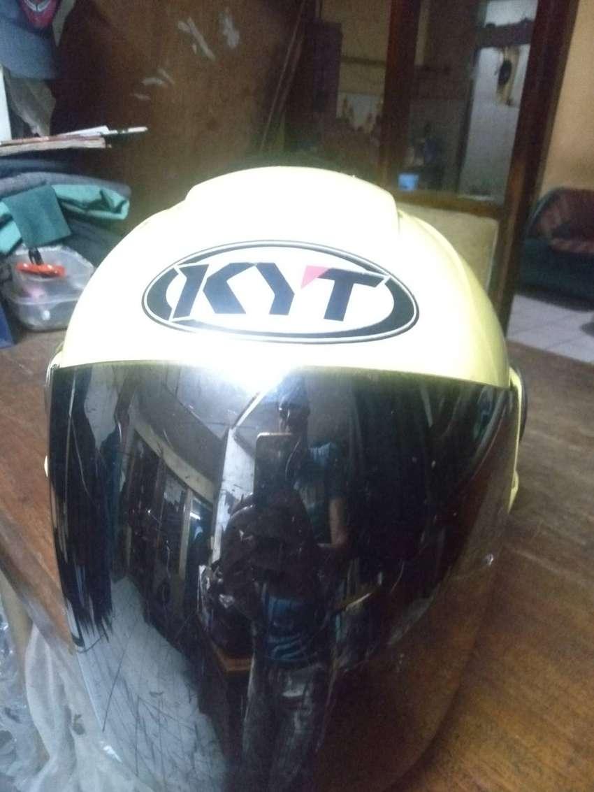Jual helm KYT 2vision warna kuning Lemon mulus 0