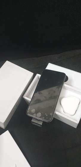 Newly imported iphone 6 64GB with 6 MONTHS WARRANTY, bill,accessories