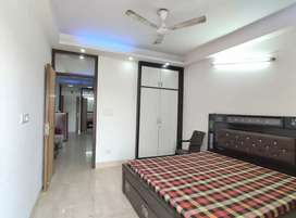 2bhk spacious flat available on rent near saket metro station