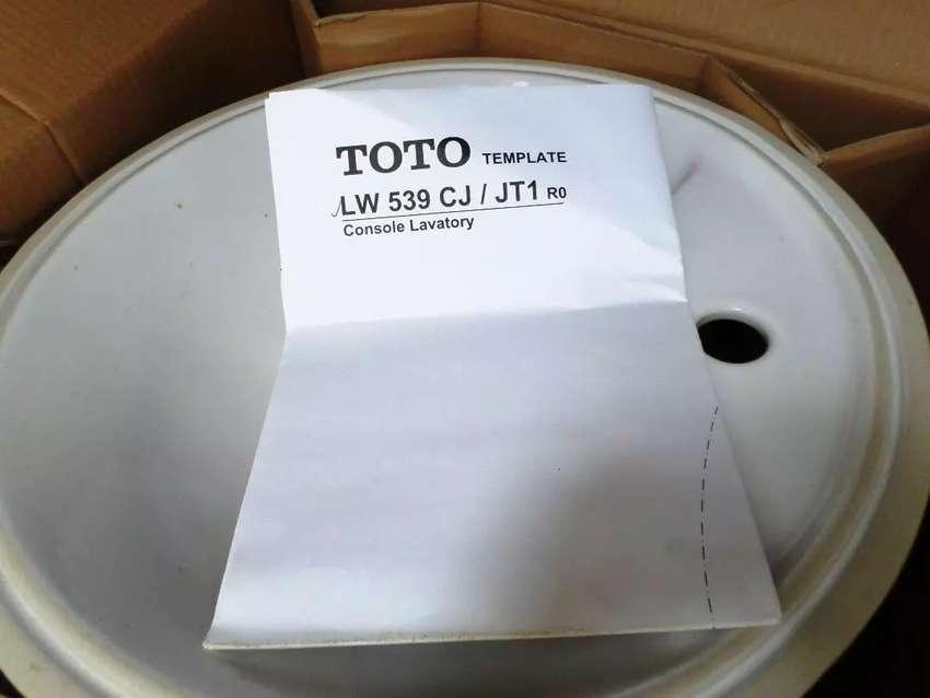 Wastafel TOTO Minimalis 0