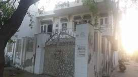 SALE 6 BHK WHITE HOUSE IN BHIWANI EXACT ON HIGHWAY MC road