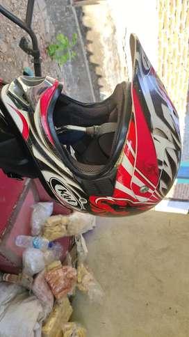 Helm kyt croos ukuran L