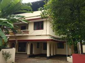 3 bhk 2500 sqft fully furnished  house at aluva main road 100 mtr