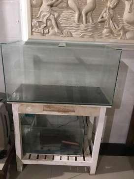 Aquarium atau tank kaca ukuran 80cm tebal 5mm dengan meja