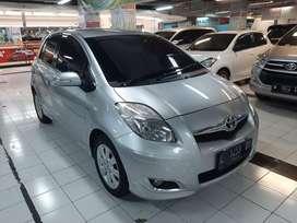 Toyota Yaris E 2011 Manual/MT Silver