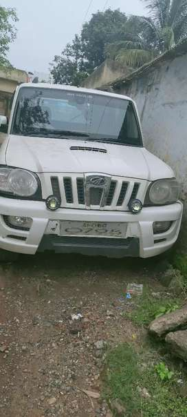 Mahindra Scorpio Getaway 2014 Diesel 100000 Km Driven
