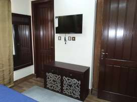 Full Furnish 2 bed apartment for rent canal view
