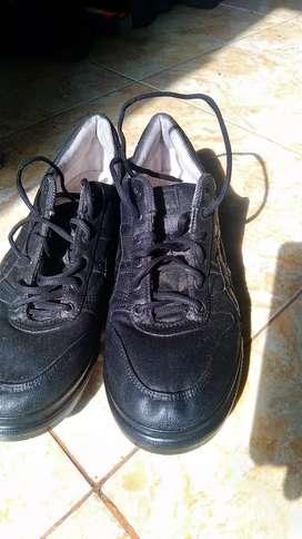 Sepatu Kets Asics _44