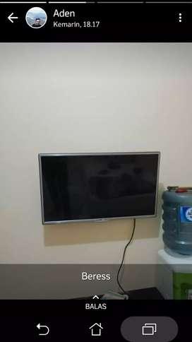 Beracket penyanggga tv lcd anda