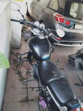 BULLET ROYAL ENFIELD