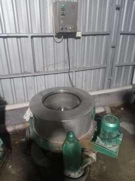 Mesin extrak mesin peras laundry londry