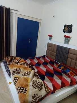 Gaur atulyam flat