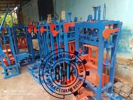 Mesin press batako dan paving BMK031AA