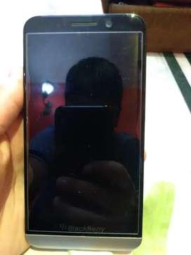 Black Berry Z30 16 GB Storage