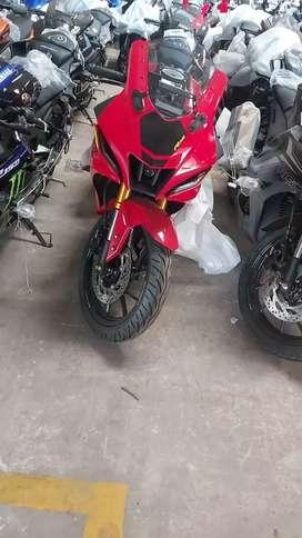 Yamaha R15V4