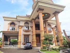 Dijual Rumah Mewah Megah Mediterania Klasik Modern, Bangunan Baru Luas
