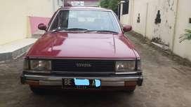 Corolla DX 1982 Merah