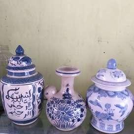 Guci /hiasan / pot bunga