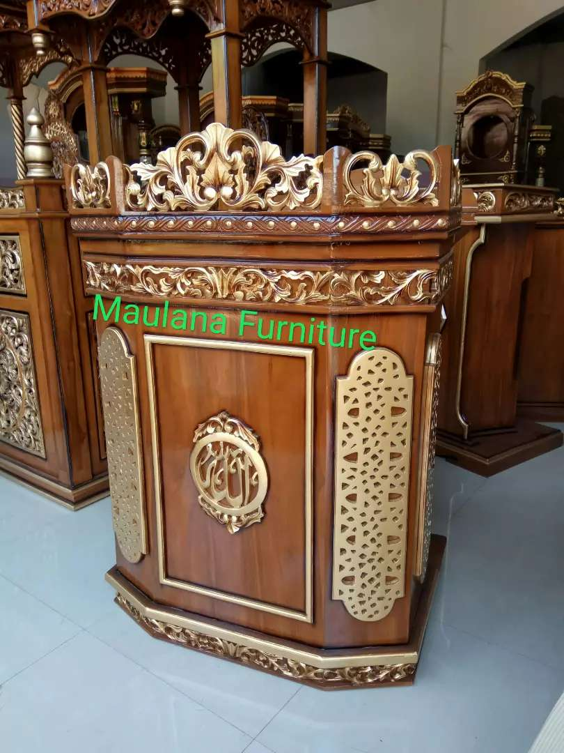 Mimbar furniture podium ukiran 0