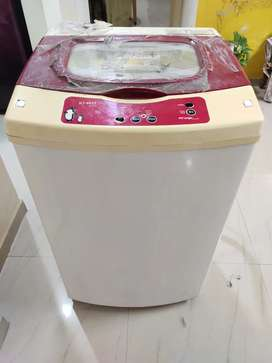 Fully Automatic Washing machine for sell.