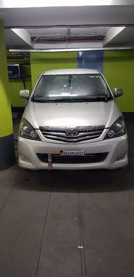 Innova for sale its in very gud conditions