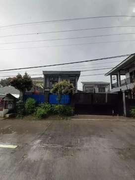 Dijual Rumah /Gudang pinggir jalan raya di bogor Selatan