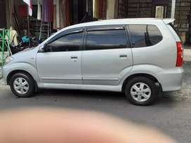 Dijual mobil avanza 2011