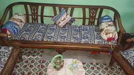 5 Seater Sofa Available for Sale in Korangi