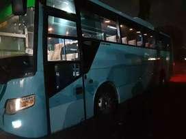 Bus pariwisata.karoseri Laksana.mesin Golden Dragon