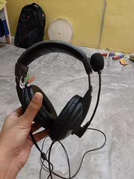 Iball rocky headphone in good condition fullyworking