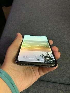 Iphone X black in colour
