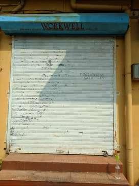 Shop for sale at Verna
