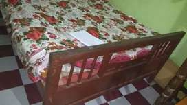 Want to sell my bed