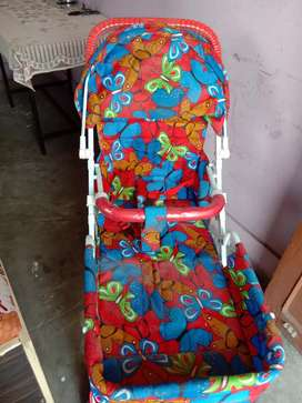 Red color baby pram