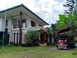 Dijual rumah mewah dan luas Fully furnished