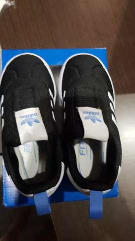 Sepatu adidas branded authentic w/ box