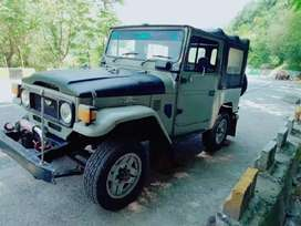 4×4 Toyota Jeep for sale