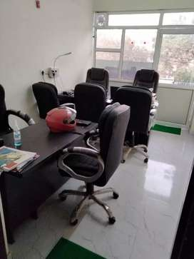 Commrrcial office for rent on main road sec 1 vadundhara.