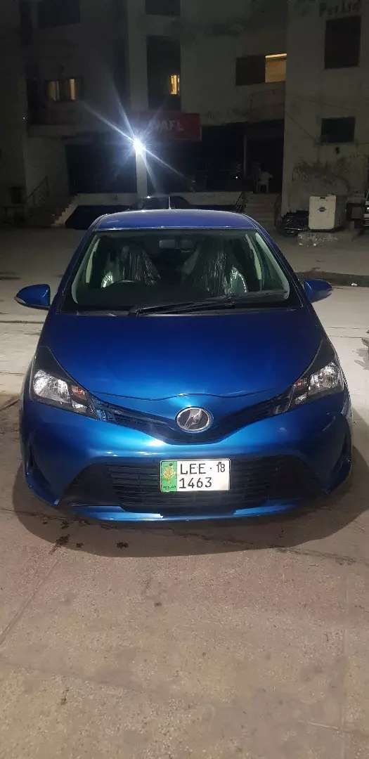 Vitz for sale  like new . 0